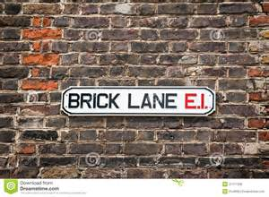 exploring culture in alis brick lane and Exploring the vanishing jewish east end introduction by steven berkoff, still resident in the east end the east end, as i knew it from the brief time i spent there after the  the road in brick lane is the site of the former steam baths, the schewik, that was much used by the jewish community.
